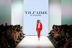 Event-Gallery-VAMFF-Premium-Runway-2014-YB J'aime By Yeojin Bae018