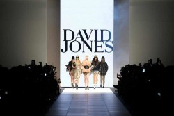 Event-Gallery-VAMFF-David-Jones-Runway-2014-2
