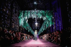 Event-Gallery-Romance-Was-Born-Bush-Magic-Runway-VAMFF-2014-5